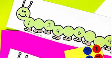 Preschool kids will love these Number Order to 10 dot sticker counting and number order activity printable caterpillars. Looking for a fun way to reinforce number order? These cards are versatile and can be used in a number of ways. The kids will enjoy practising number order and number identification in a fun and hands-on way.